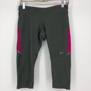 Nike Dri Fit Capri Gray Leggings Size Medium